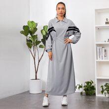 Kleid mit Chevron Muster, halber Reissverschlussleiste und elastischer Taille
