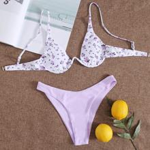 Bikini Badeanzug mit Bluemchen Muster und Buegel