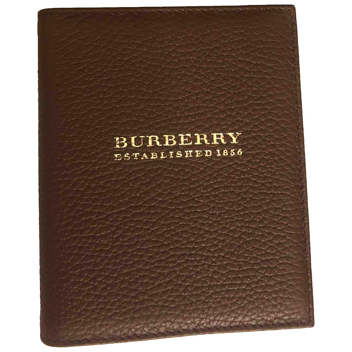 Cuaderno de Cuero Burberry