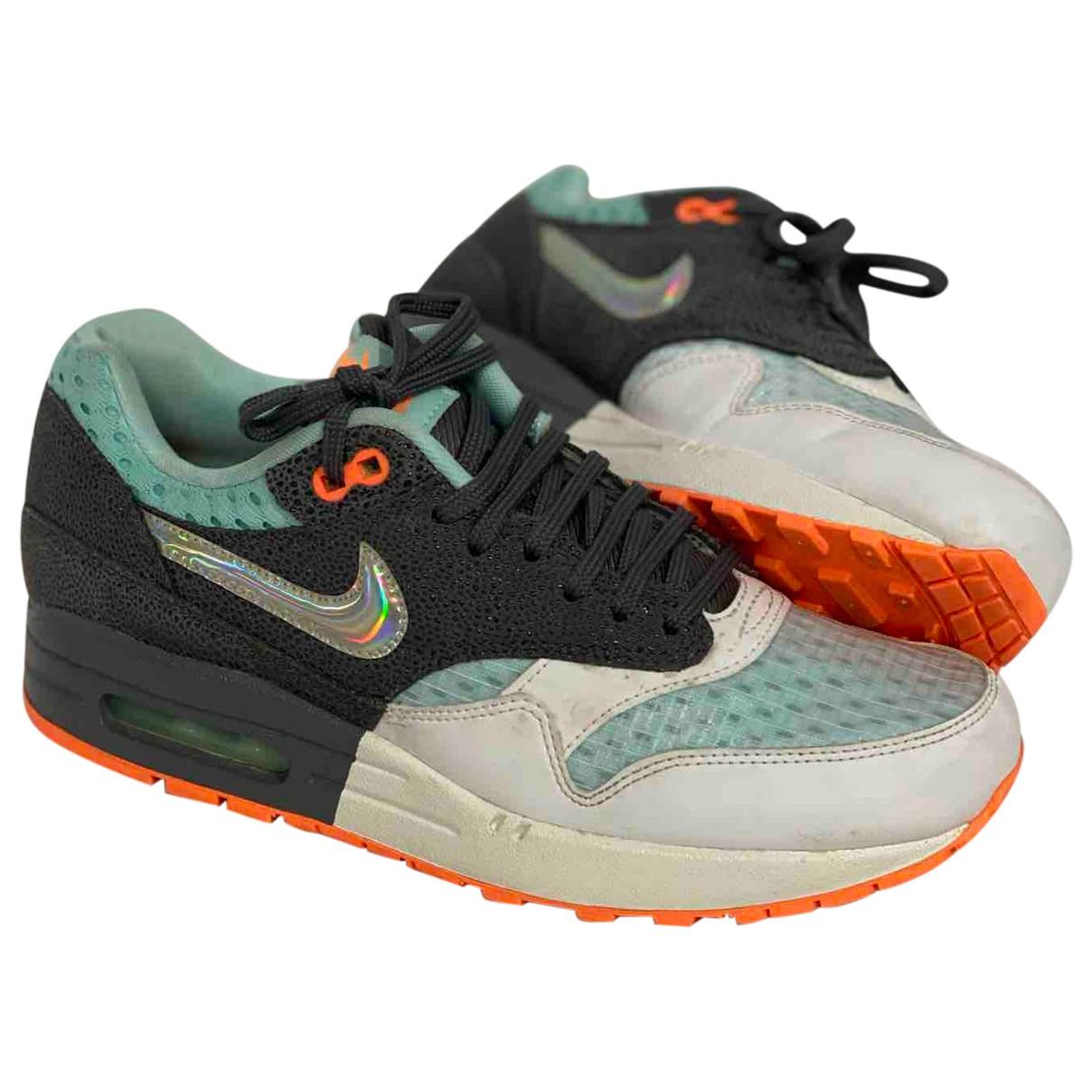 Nike Air Max 1 Sneakers in  Bunt Leinen