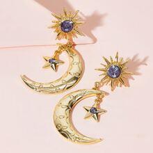 Pendientes largos con luna con diseño de sol y estrella 1 par