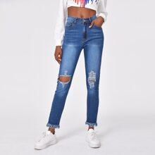 Jeans mit Riss, ungesaeumtem Saum und Waschung