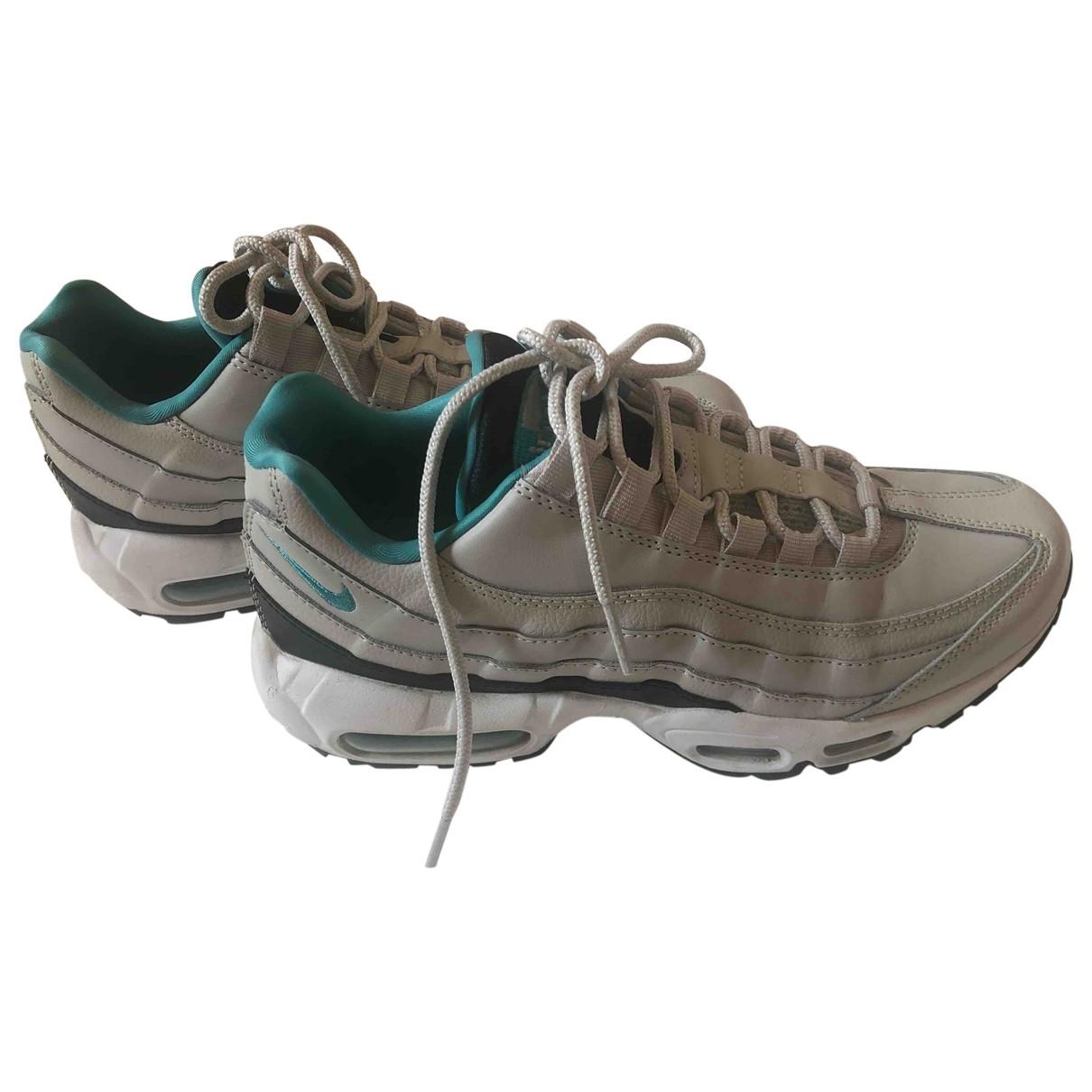Nike Air Max 95 Sneakers in  Weiss Leder