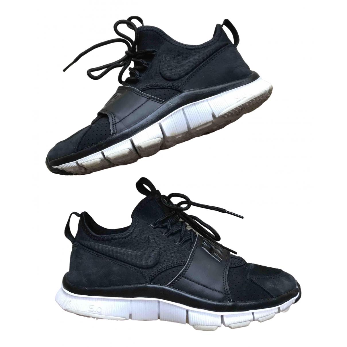 Nike Free Run Sneakers in  Schwarz Leder