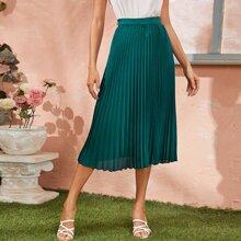 Zipper Detail Pleated Skirt
