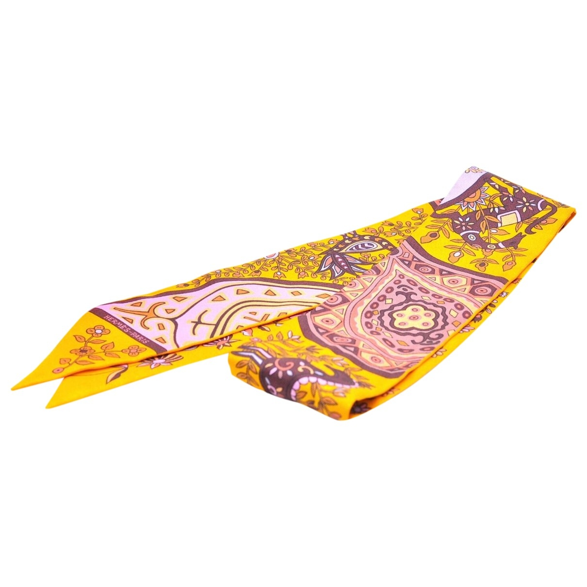 Hermès \N Yellow Silk scarf for Women \N