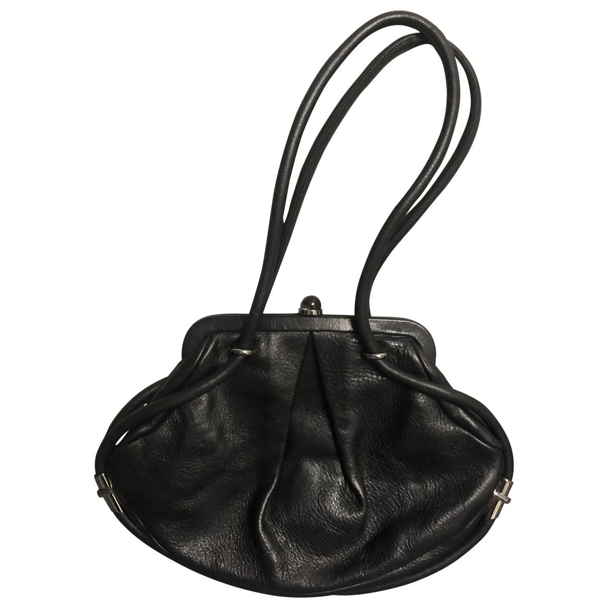Alexander Mcqueen \N Handtasche in  Schwarz Leder