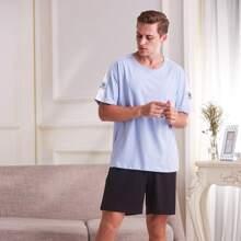Men Contrast Sideseam Drop Shoulder Tee And Shorts Set
