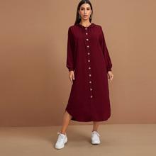 Kleid mit Knopfen vorn, Kordelzug und Kapuze