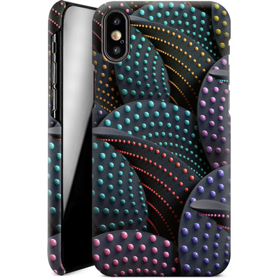 Apple iPhone XS Smartphone Huelle - Green Spiral Pattern von Danny Ivan