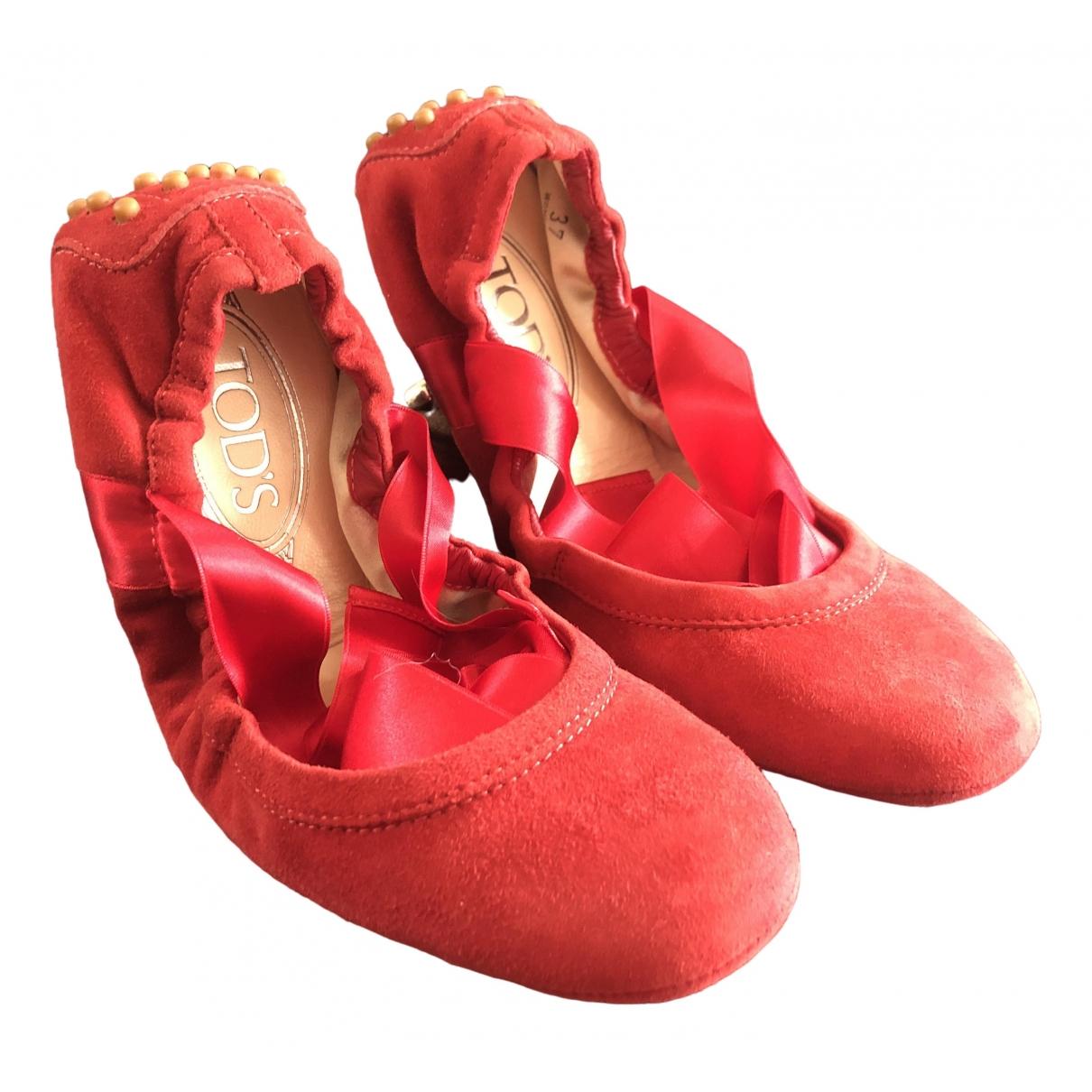 Tod's - Ballerines   pour femme en suede - rouge