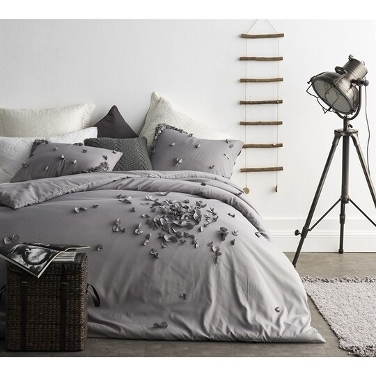 Petals Handsewn Duvet Cover - Gray (Twin XL)