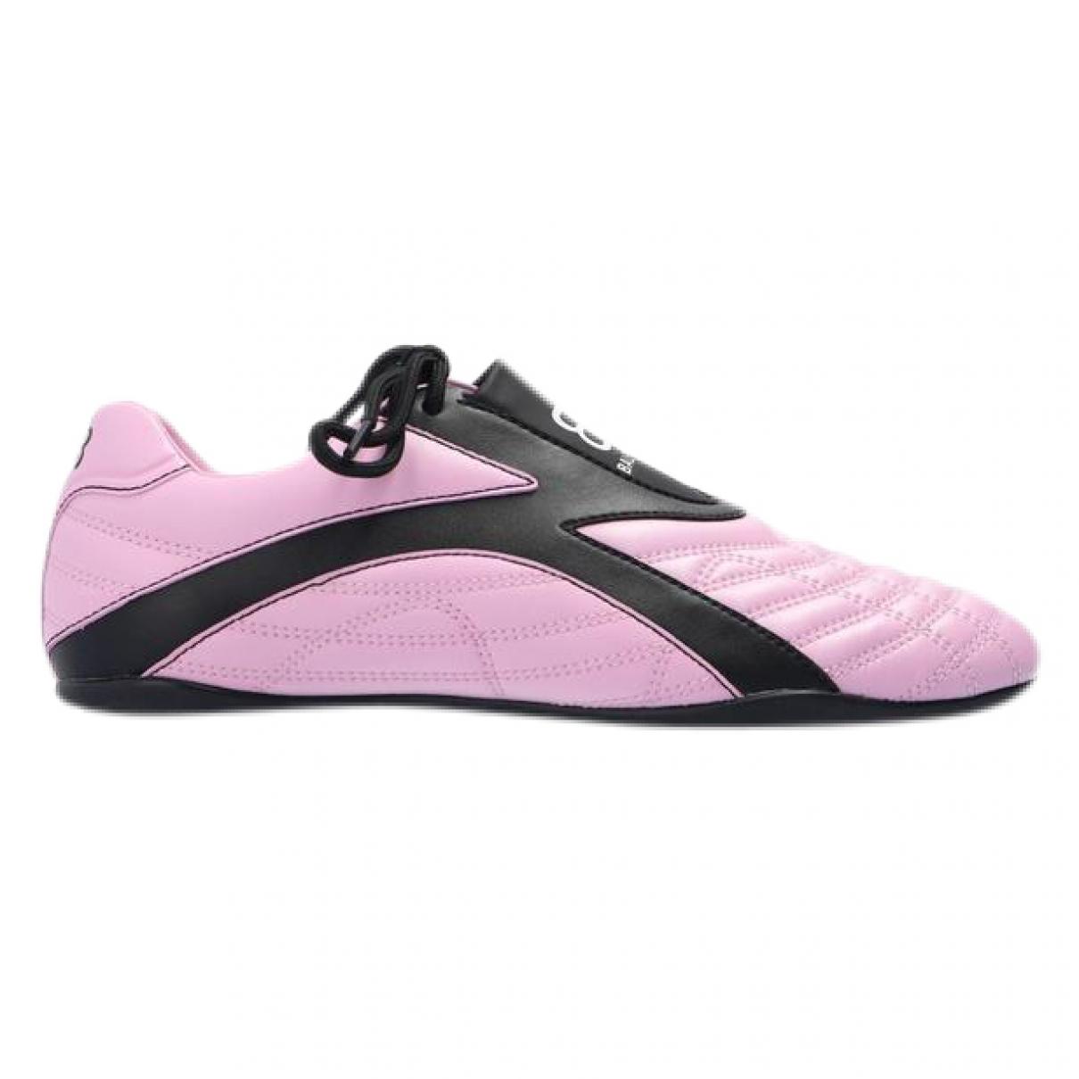 Balenciaga \N Sneakers in  Rosa Leder