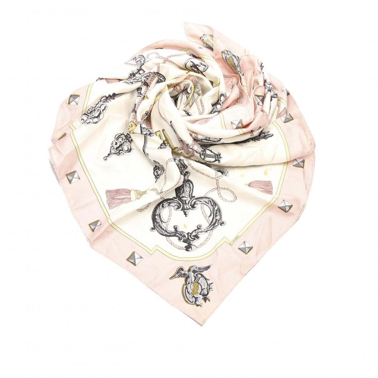 Hermès \N Pink scarf for Women \N