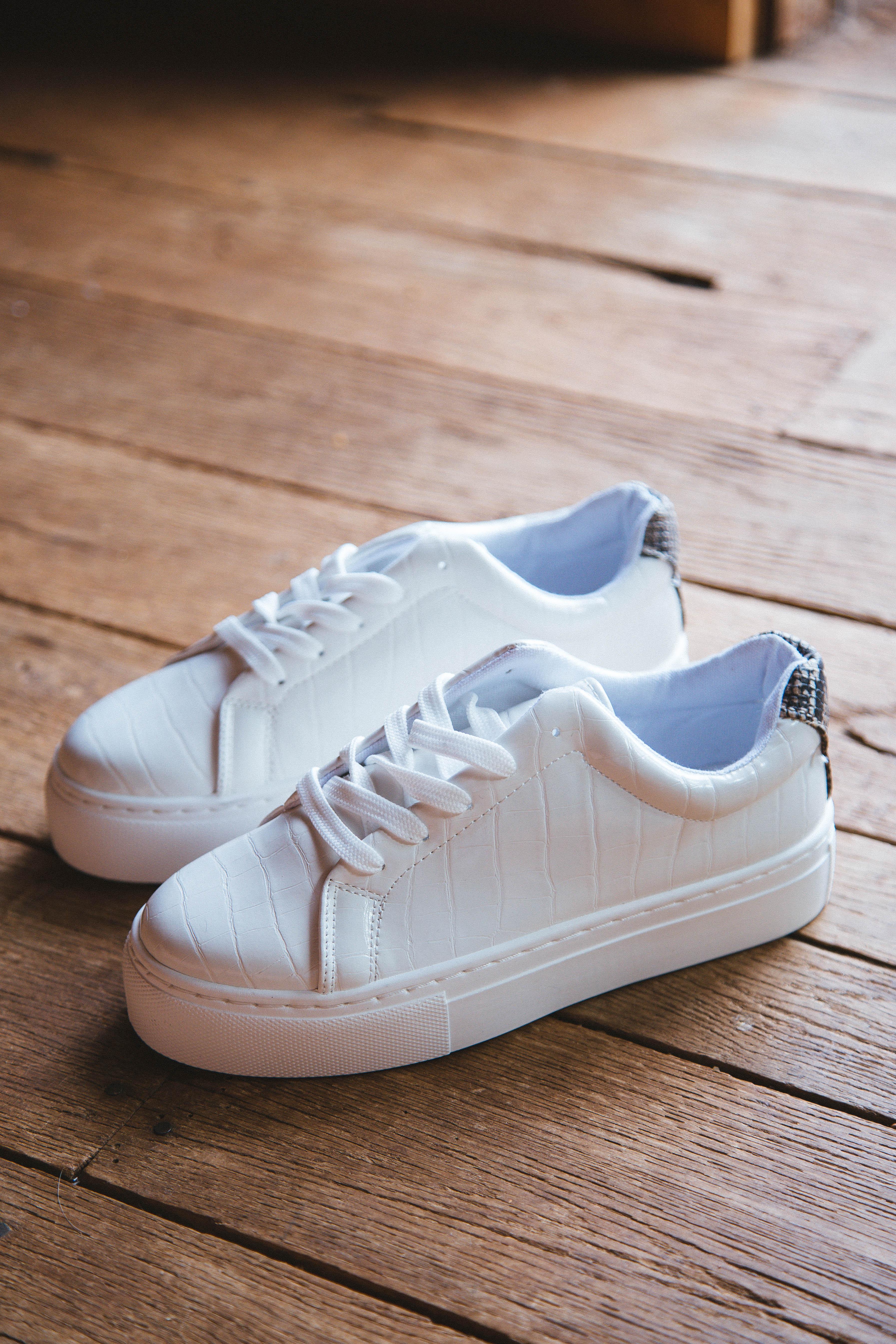 Royal Lace Up Sneaker White Croc