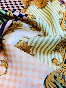 Bandana mit Pflanzen & Streifen Muster