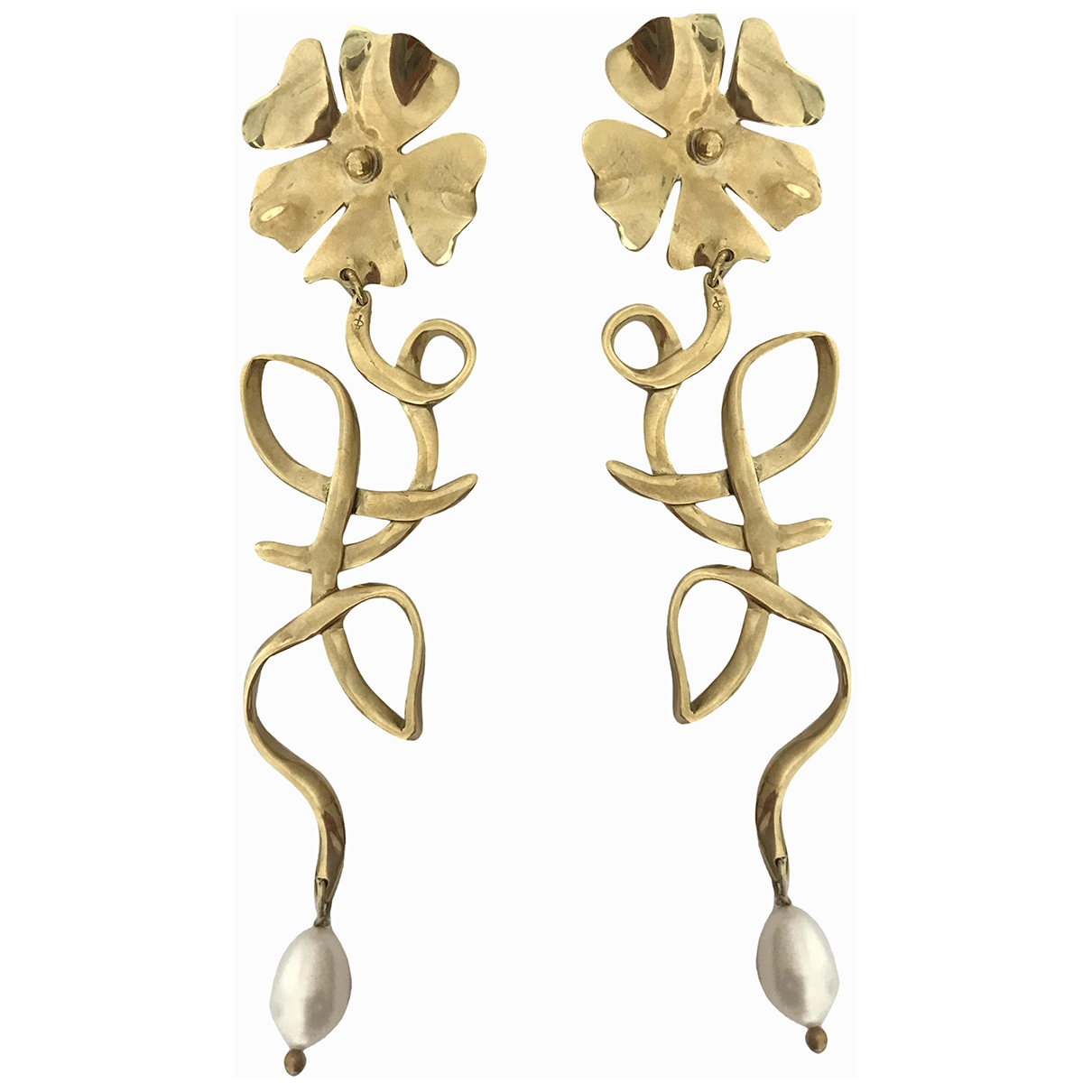 Non Signé / Unsigned \N Yellow Metal Earrings for Women \N