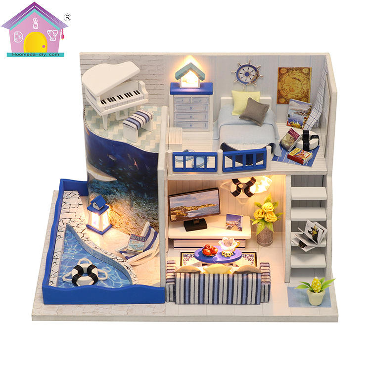 Hoomeda M040 DIY Doll House The Sound of The Sea Miniature Furniture With Cover Music Gift Collection 18cm