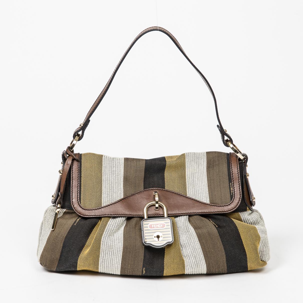 Fendi \N Handtasche in Leder