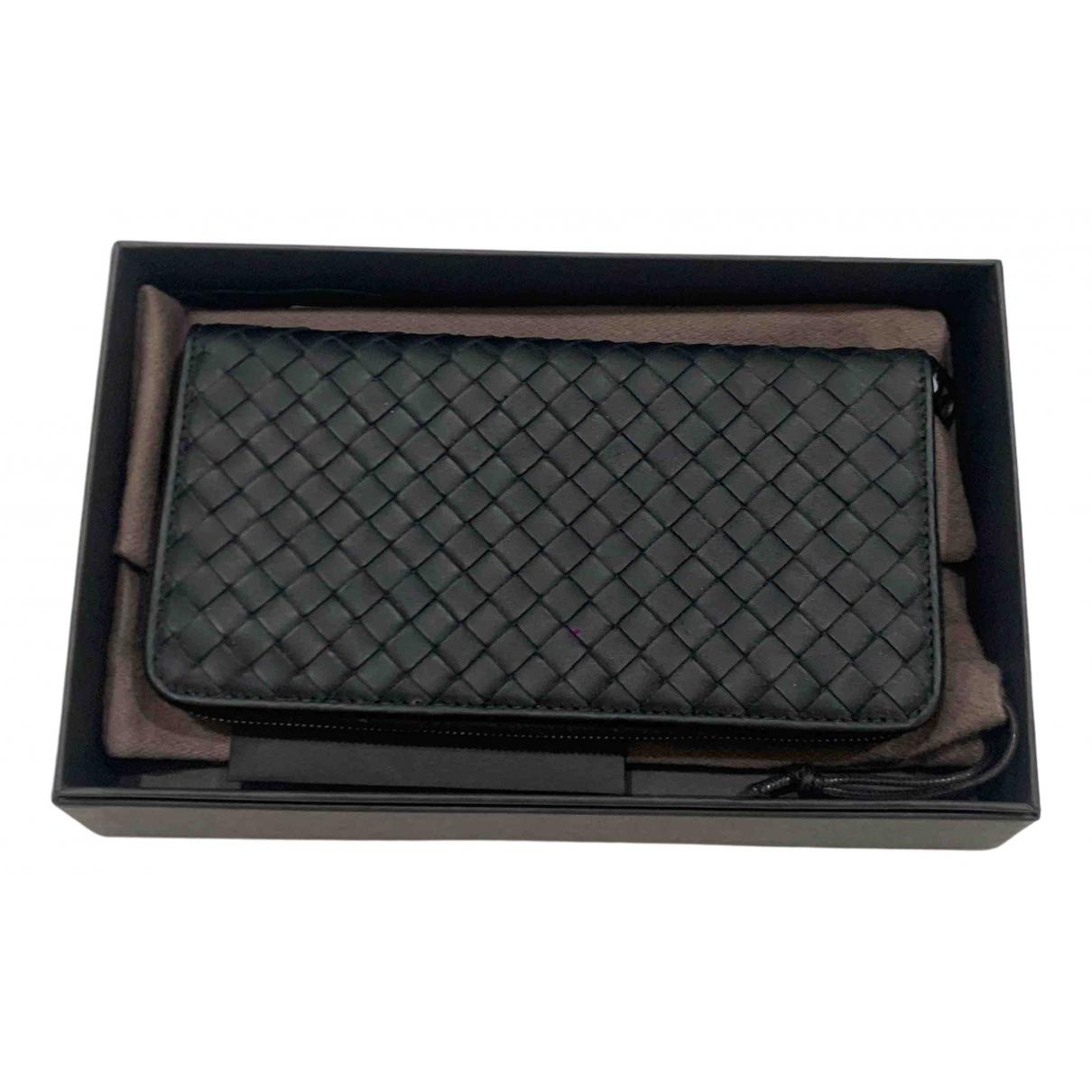 Bottega Veneta N Black Leather Small bag, wallet & cases for Men N