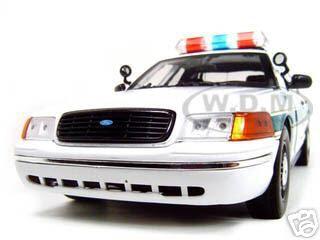 Ford Crown Victoria Border Patrol Car 1/18 Diecast Model Car by Motormax