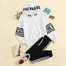 Hoodie mit Buchstaben Grafik & Jogginghose Set mit Kordelzug auf Taille und seitlichen Streifen