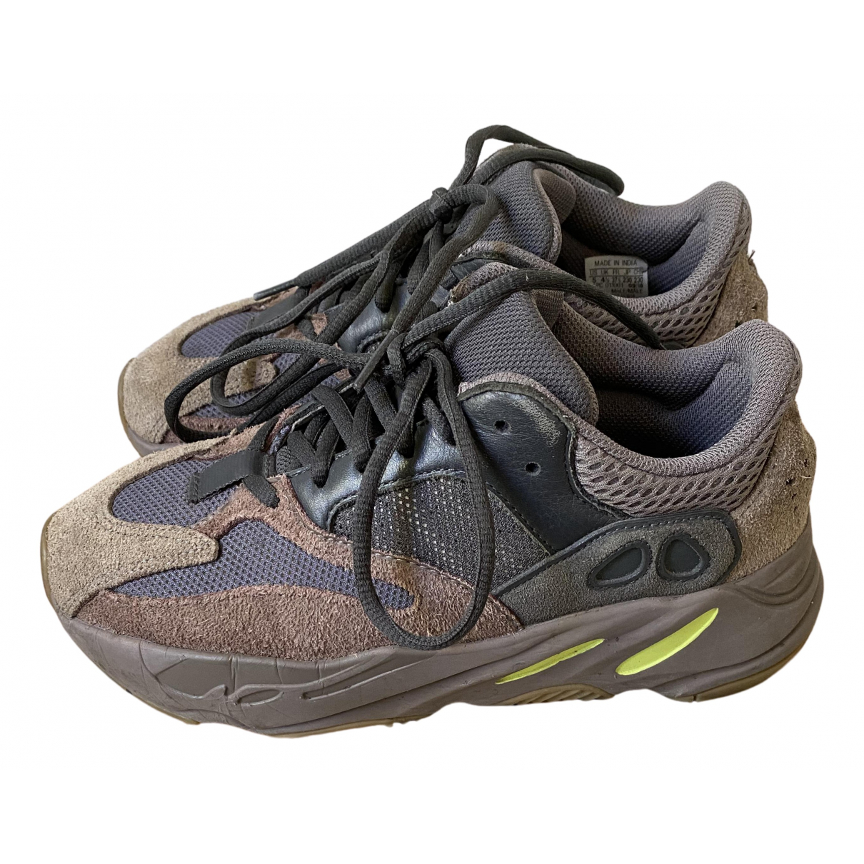 Yeezy X Adidas - Baskets Boost 700 V1  pour femme en suede - kaki
