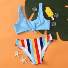 Maedchen Bikini Badeanzug mit buntem Streifen und Knoten
