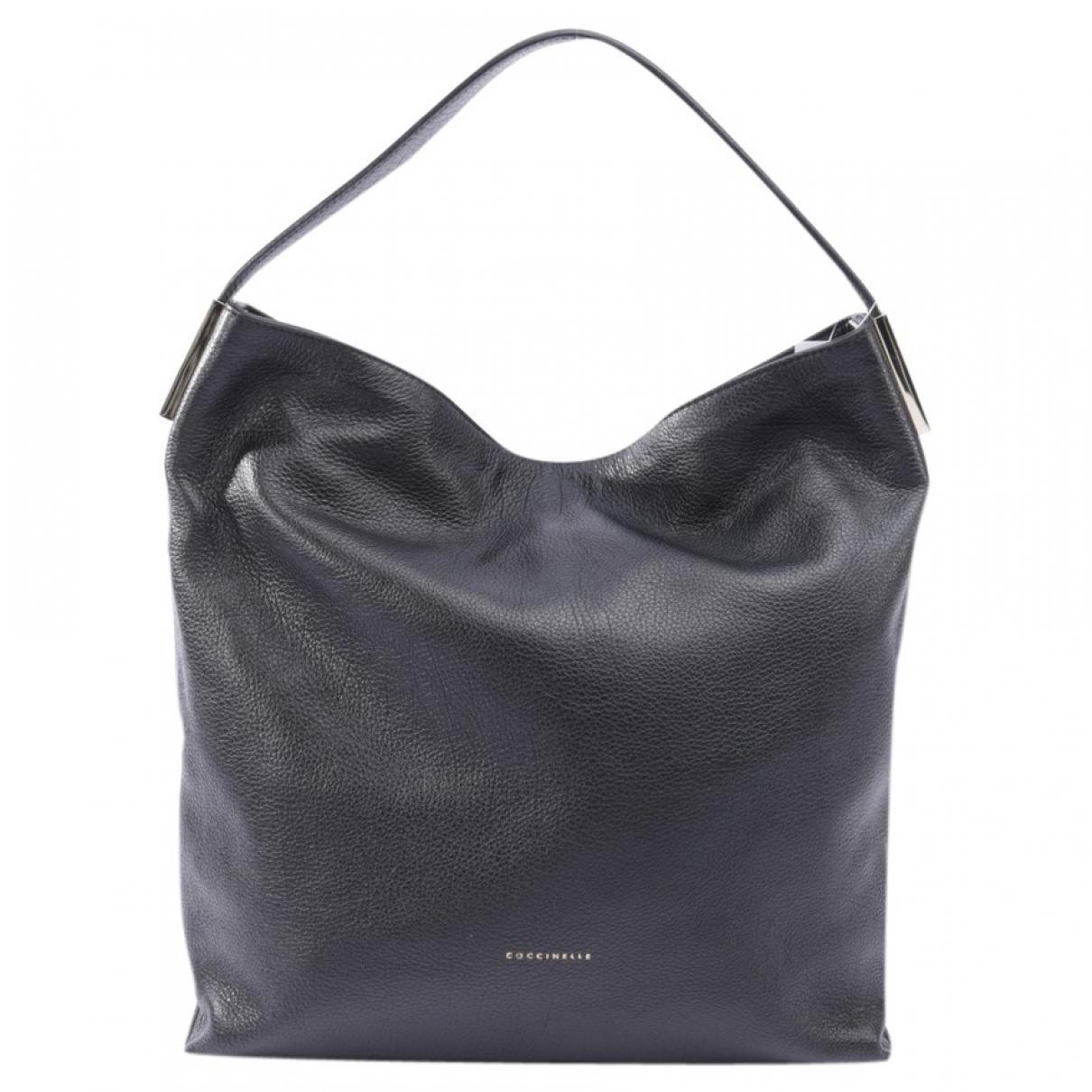 Coccinelle \N Black Leather handbag for Women \N