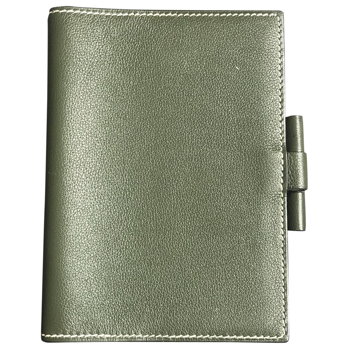 Hermes - Objets & Deco   pour lifestyle en cuir - kaki