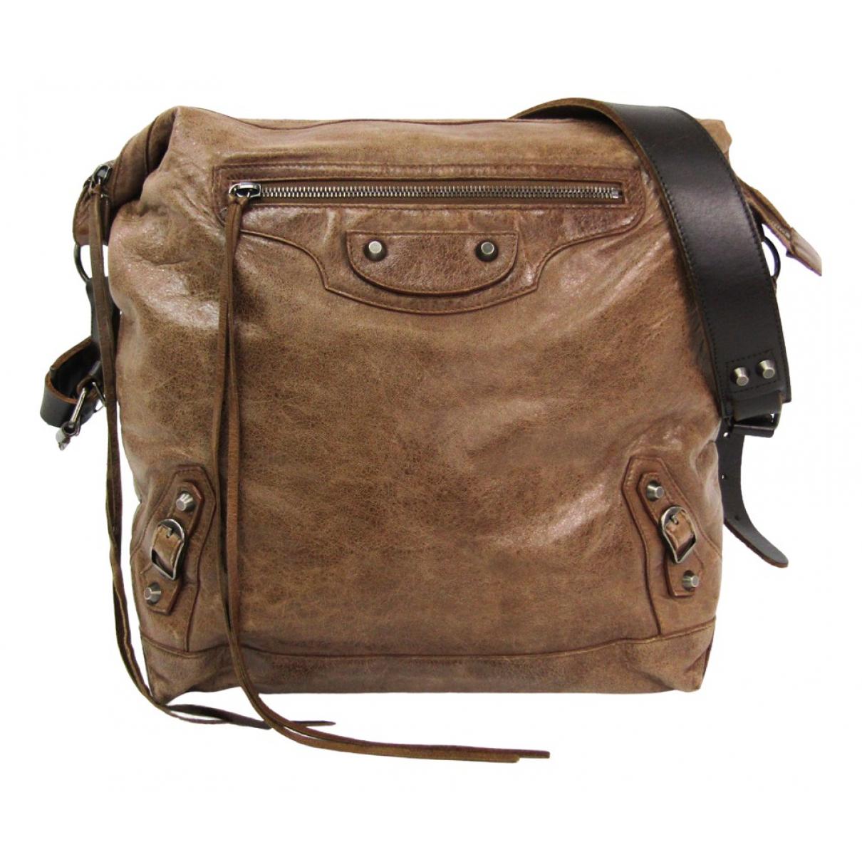 Balenciaga Day  Handtasche in  Braun Leder