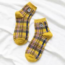 1pair Embroidery Detail Plaid Socks
