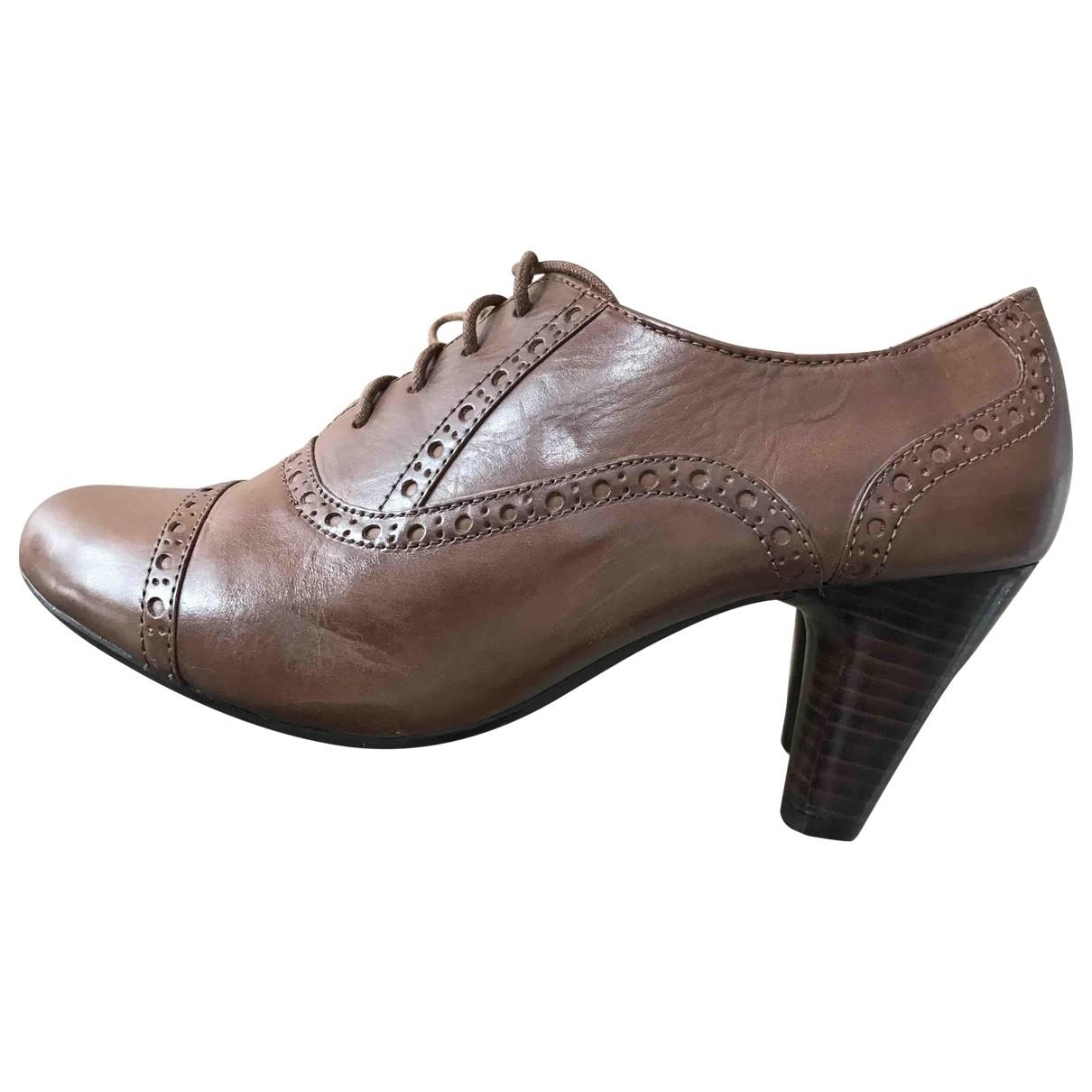 Clarks - Escarpins   pour femme en cuir - marron