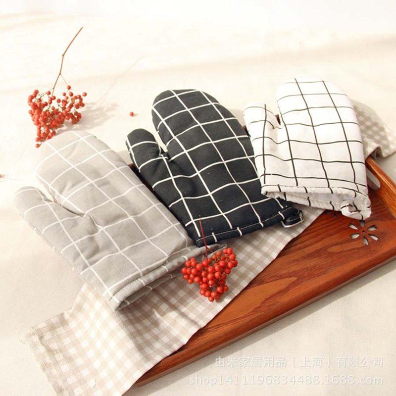 Beddinginn Cotton Plaid Insulated Gloves