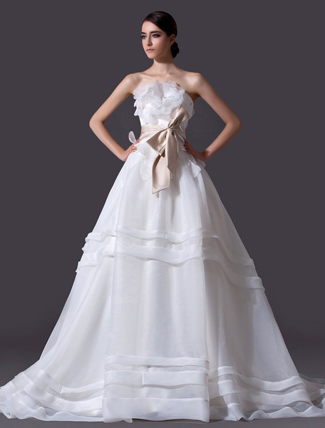 Milanoo Ivory A-line Strapless Flower Chapel Train Bridal Wedding Dress