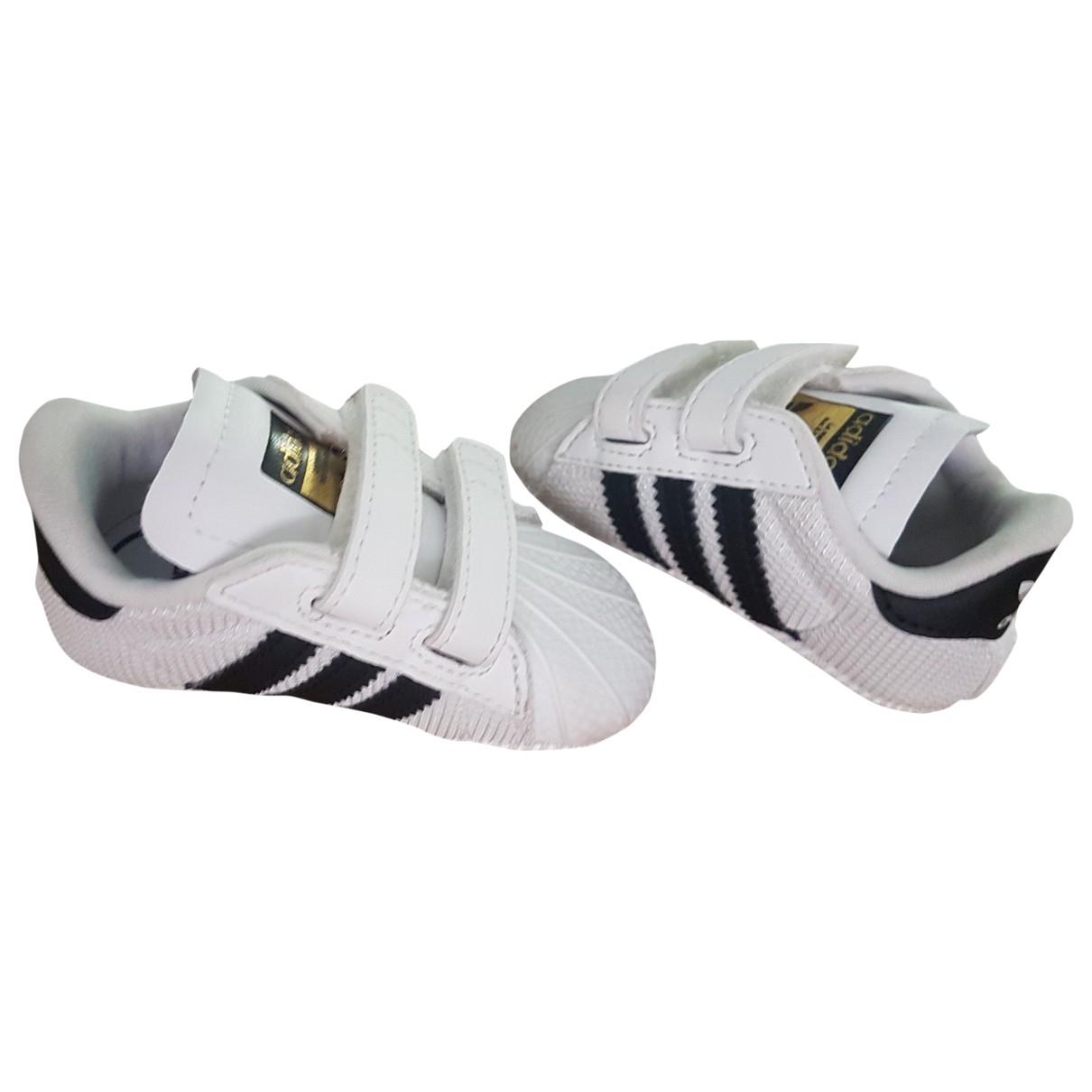 Adidas - Premiers pas   pour enfant en cuir - blanc