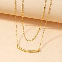 Mehrschichtige Halskette mit geometrischem Design