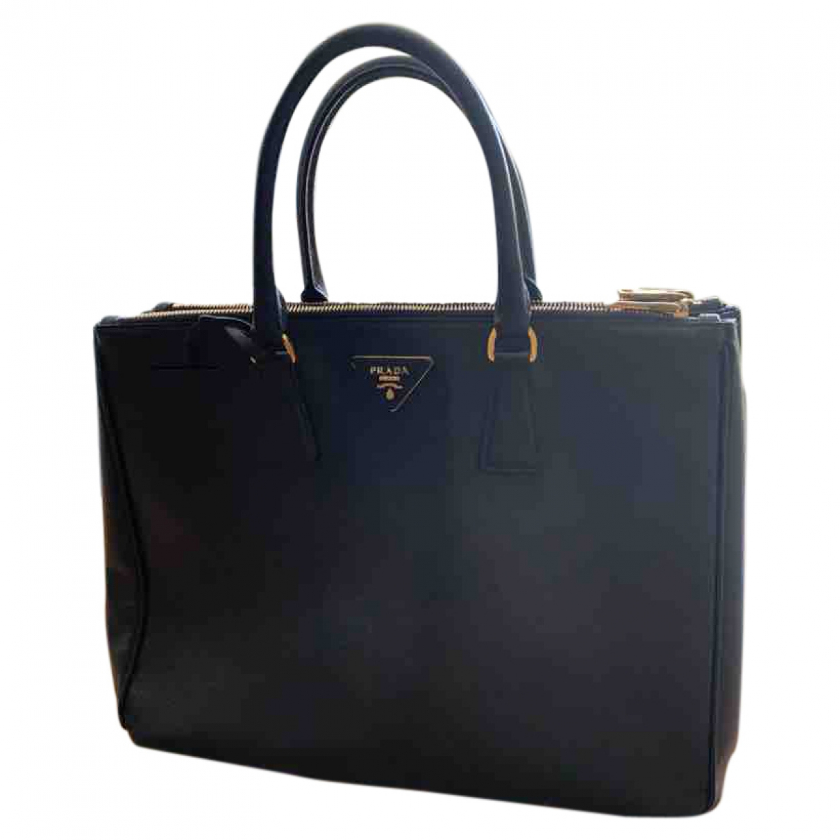 Prada Galleria Black Leather handbag for Women \N