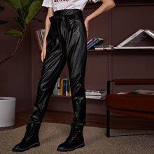 PU Leder Hose mit Papiertasche um die Taille und Guertel