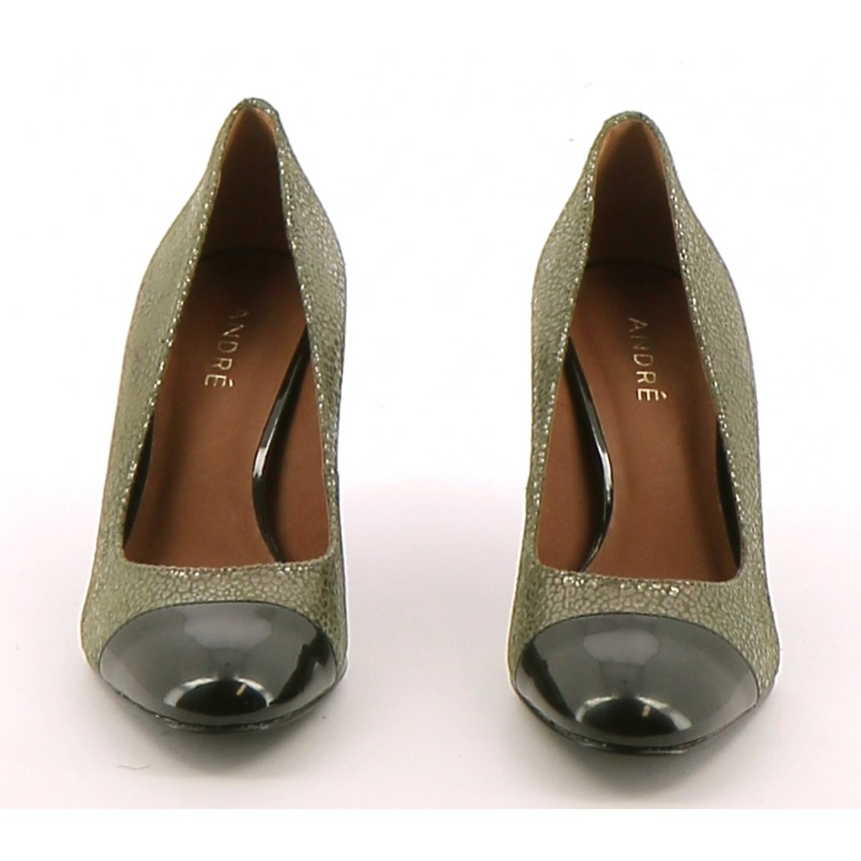 Non Signé / Unsigned \N Green Leather Heels for Women 35 EU