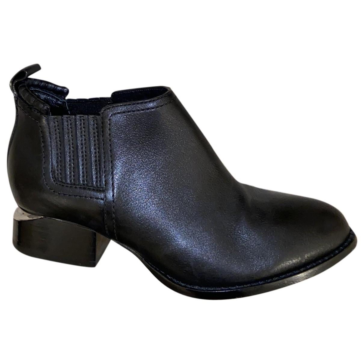 Alexander Wang Kori Black Leather Ankle boots for Women 35.5 EU