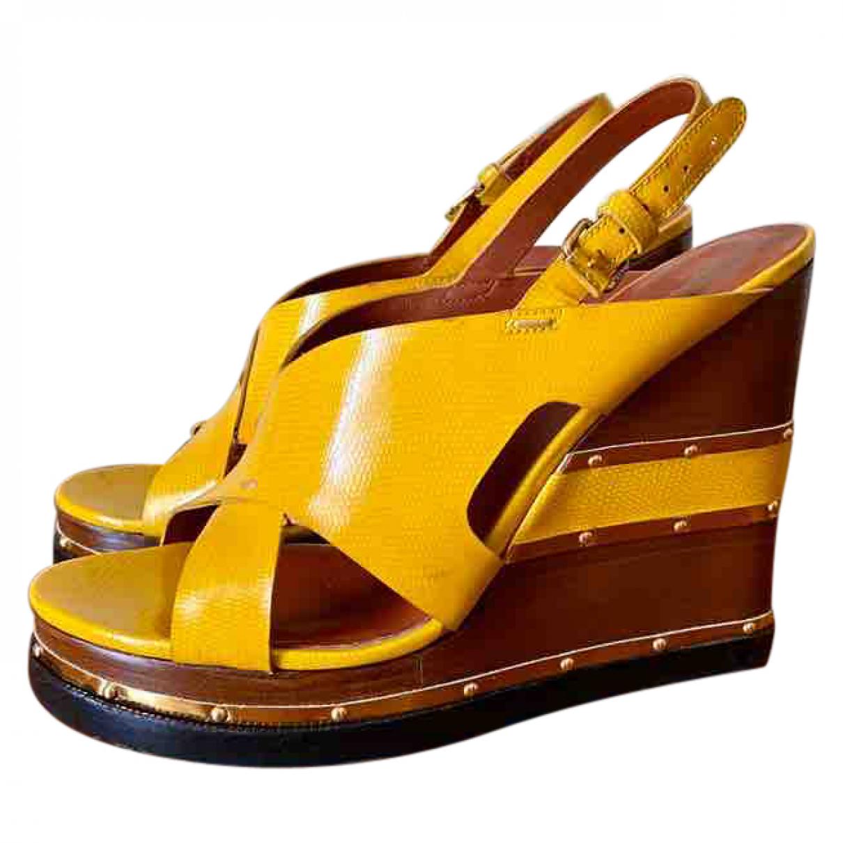 Marc By Marc Jacobs - Sandales   pour femme en cuir verni - jaune