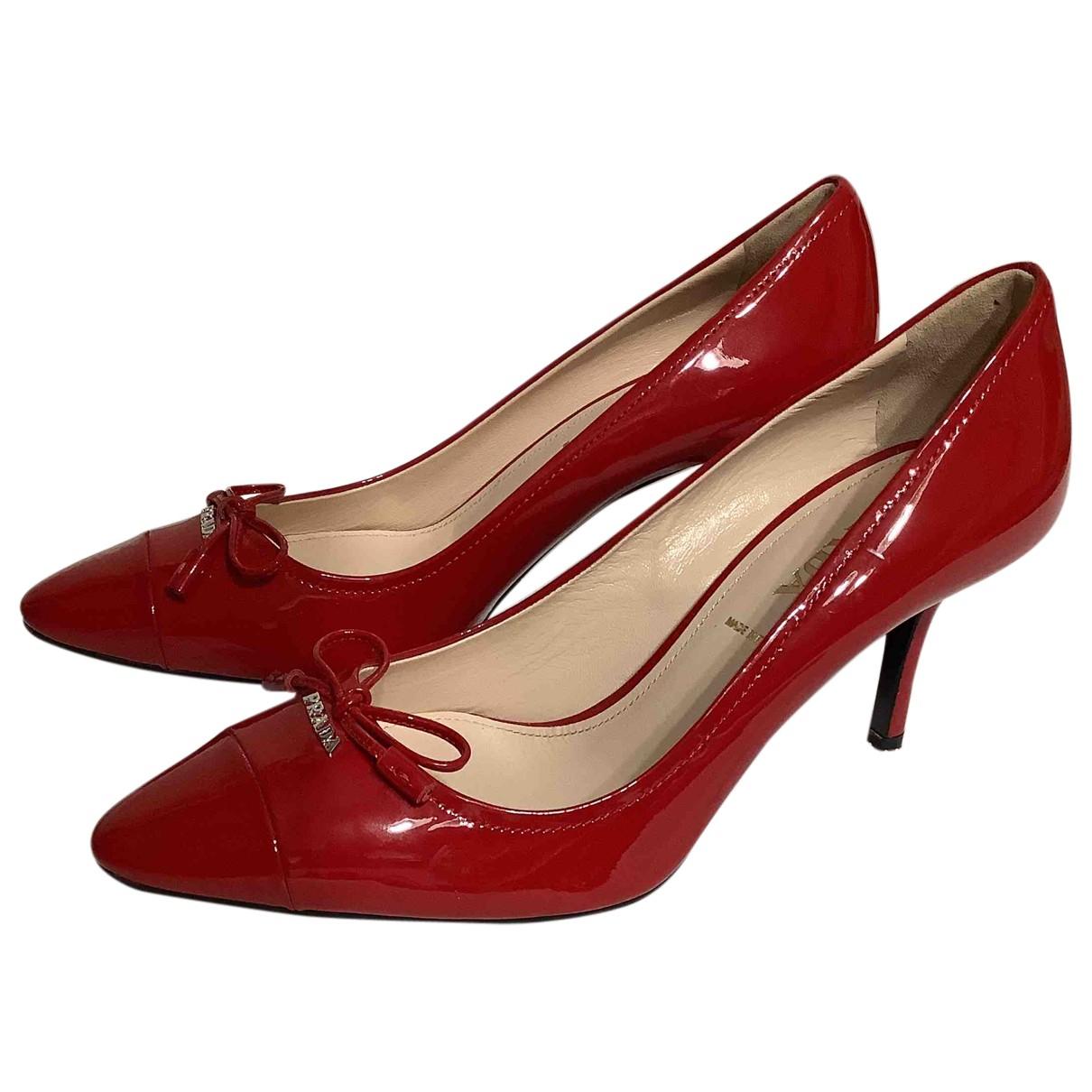 Prada - Escarpins   pour femme en cuir - rouge