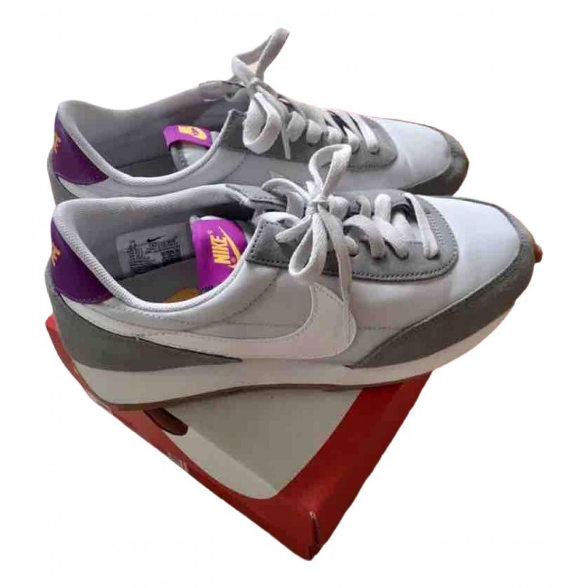 Nike - Baskets   pour femme en toile - gris