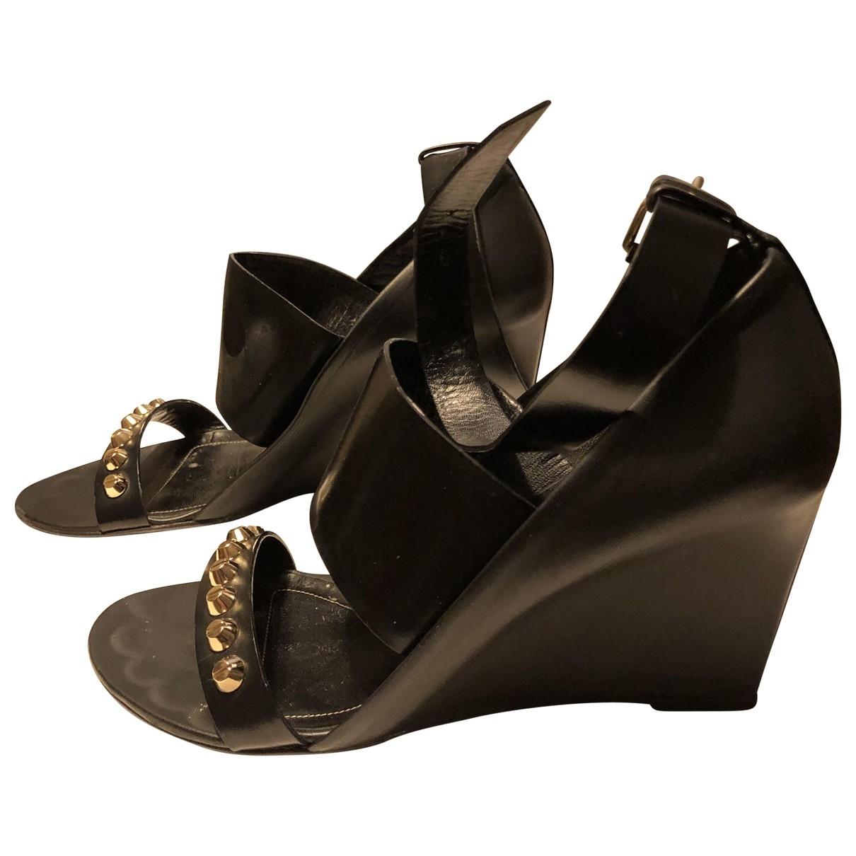 Balenciaga \N Black Leather Sandals for Women 37.5 EU