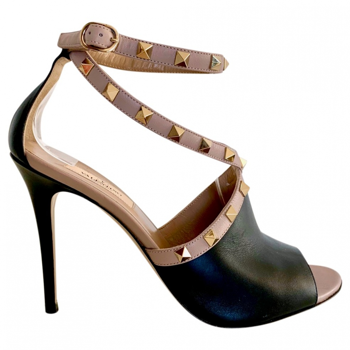 Valentino Garavani Rockstud Black Leather Sandals for Women 38.5 IT
