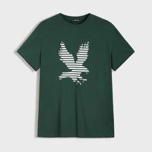 Camiseta de hombres con estampado de aguila y rayas