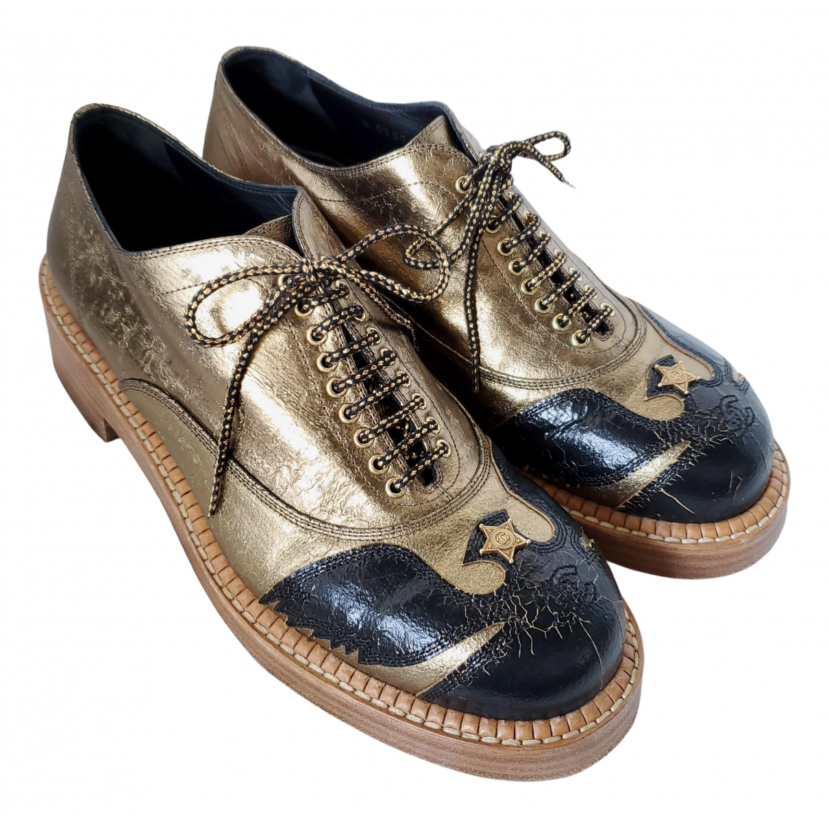 Chanel N Gold Leather Lace ups for Women 38.5 EU