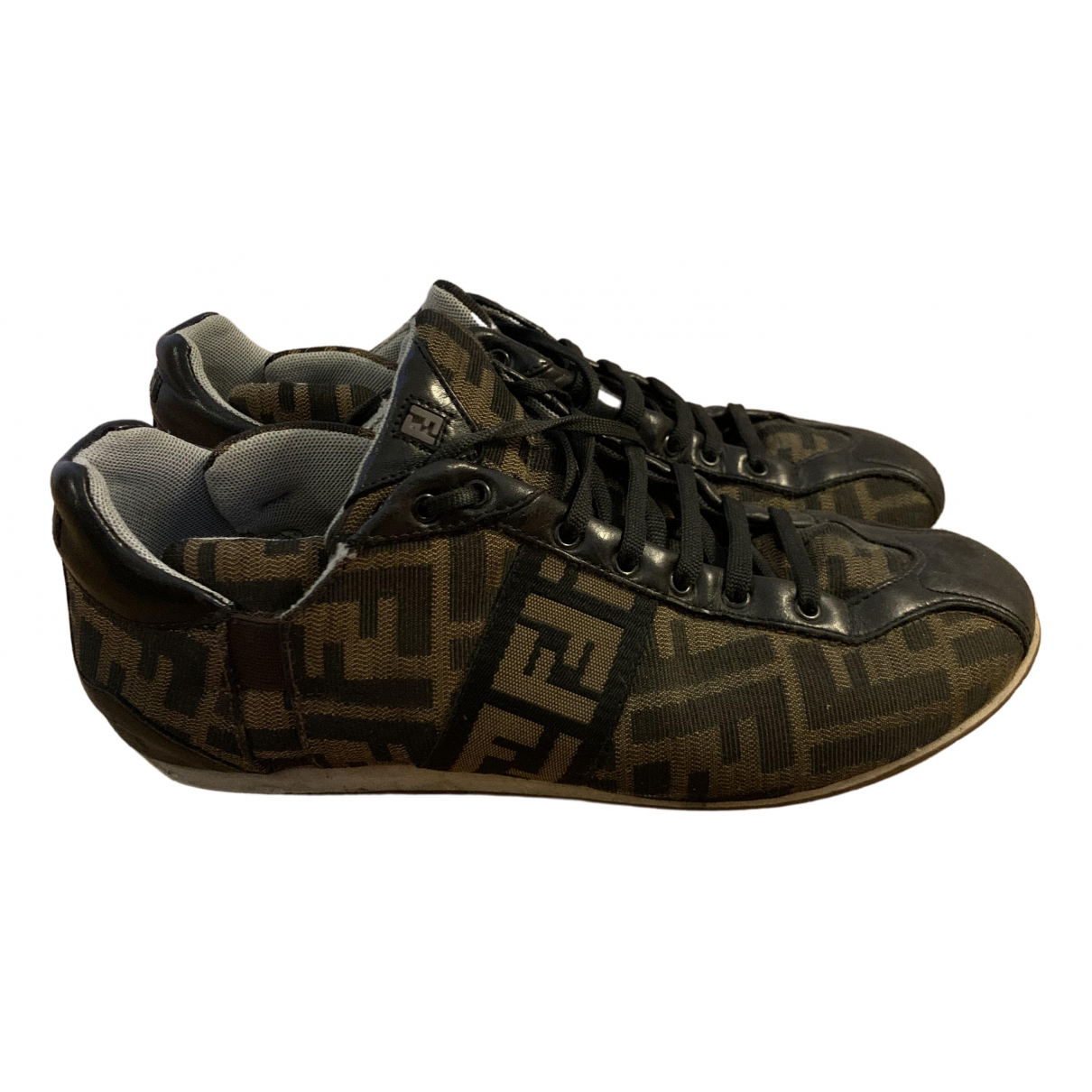 Fendi \N Sneakers in  Braun Leinen