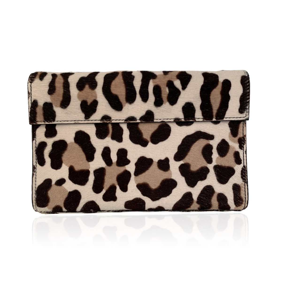 Alaia \N Clutch in  Beige Kalbsleder in Pony-Optik